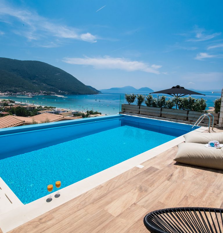 AMAZING-HOLIDAY-VILLAS-VASILIKI-LEFKADA