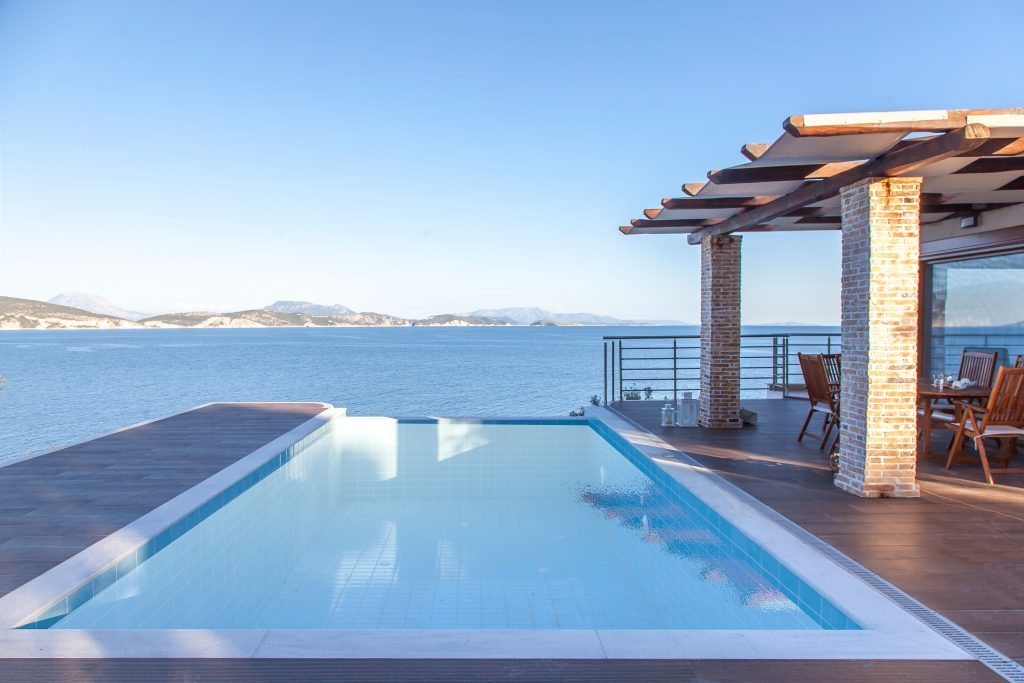 FEATURE PICTURE LUXURY VILLA (IRIS) WHATSONGREECE