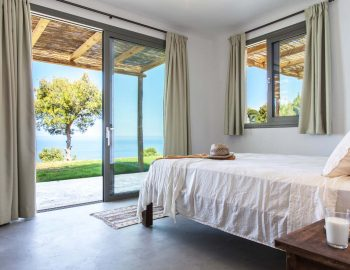Bedroom 1: Double bedroom with direct pool acces