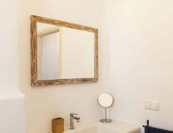 Bathroom 2: Bathroom in bedroom 2