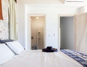 Bedroom 2: Double bedroom with ensuite bathroom