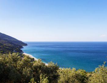 pelion-destination-greece-mountain-side.jpg