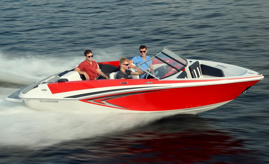 private-boat-rentals-villas-greece-2.jpg