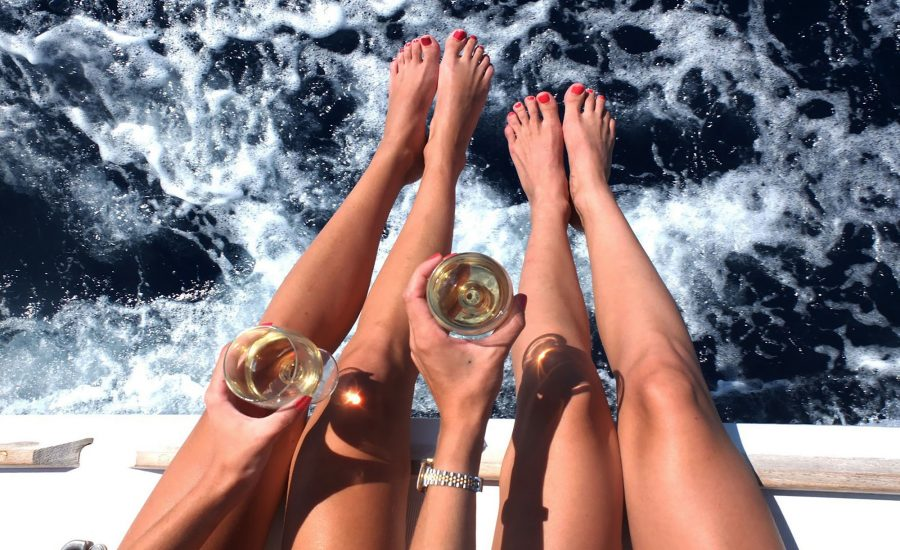 private-yacht-party-greece