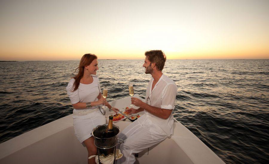 romantic-private-cruise-greek-villas