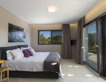 villa-acastel-corfu-greece-master-bedroom