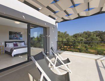 villa-acastel-corfu-greece-master-bedroom-private-balcony