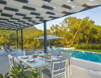villa-acastel-corfu-greece-verandah-dining