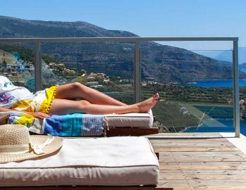 villa-alfresco-sivota-pool-view-slider
