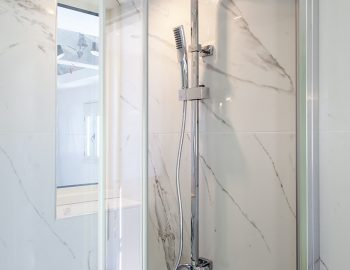 villa-cohili-sivota-lefkada-greece-luxury-villa-ensuite-bathroom
