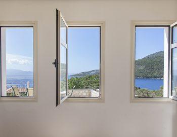 villa-cohili-sivota-lefkada-greece-luxury-villa-master-bedroom-sea-view