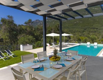 villa-dion-corfu-greece-outdoor-dining