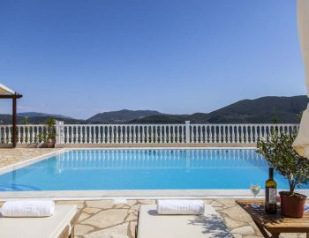 villa-dream-vasiliki-lefkada-swimming-pool-SLIDER 2