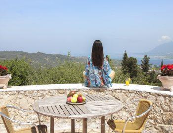 villa-four-seasons-family-villa-lefkada-greece-girl-yoga