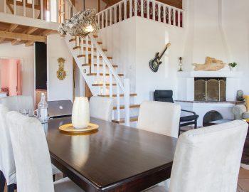 villa-four-seasons-katouna-lefkada-greece-indoor-dining-area