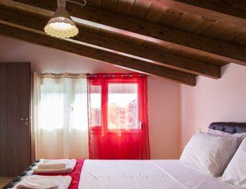 Bedroom 3: Double bedroom first floor