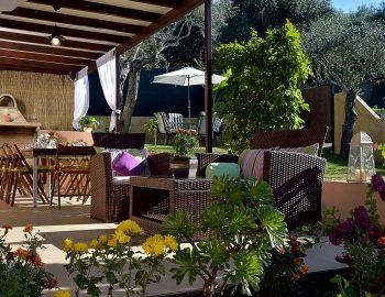 villa-peleka-corfu-greece-outdoor-dining