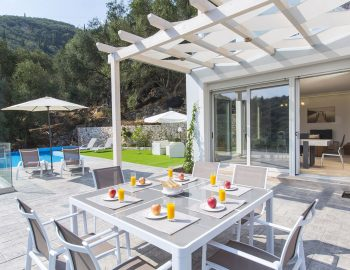 villa-ranna-corfu-greece-outdoor-dining-day-view
