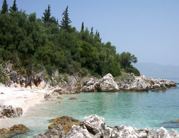 villa-seaview-corfu-greece-beach
