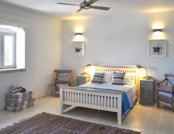 villa-seaview-corfu-greece-family-bedroom