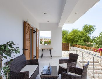 Outdoor sitting area infront of the living room