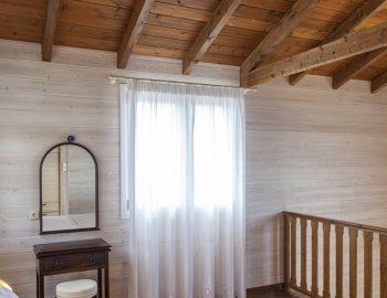villa-vissala-arnebia-accommodation-lefkada-lefkas-upstairs-bedroom