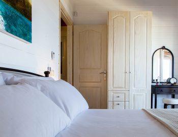 villa-vissala-minuartia-accommodation-lefkada-lefkas-bedroom