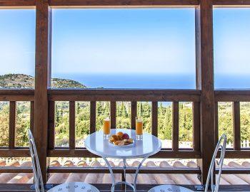 villa-vissala-paeonia-accommodation-lefkada-lefkas-upstairs-balcony