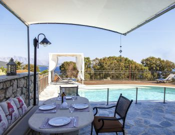 villa-zogianna-nikiana-lefkada-lefkas-outdoor-dining