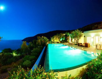 whatsongreece-villa-aurora-eugiros-lefkada-pool-night