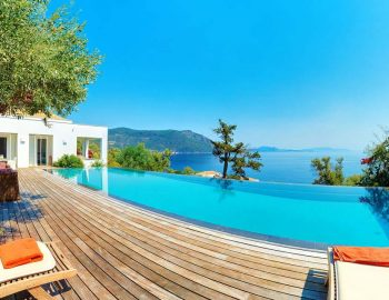 whatsongreece-villa-aurora-eugiros-lefkada-sitting-area-swimming-pool