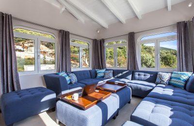 villa-de-ewelina-ammouso-lefkada-accommodation-open-living-lounge-area