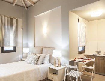 Villa-kallisto-lefkada-greece-bedroom