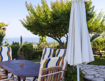 Villa-Aliki-in-Lefkas-town-Greece-with-outdoor-seating