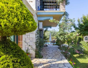 Villa-Aliki-in-Lefkas-town-Greece-with-private-garden