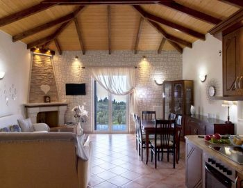Villa-Aliki-in-tsoukalades-lefkada-greece-luxury-living-and-dining-room-with-balcony