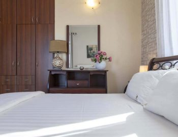 Villa-Aliki-in-Tsoukalades-lefkas-town-greece-decoration-of-the-master-bedroom