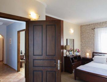 Villa-Aliki-in-Tsoukalades-Lefkada-Greece-the-master-bedroom