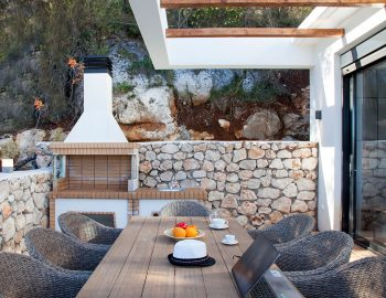 BBQ and dining outdoor area