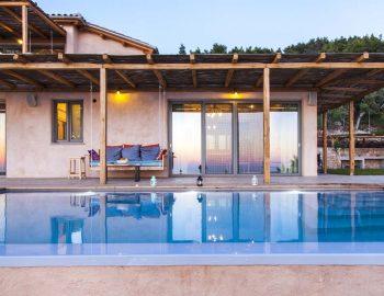Villa-Mirtes