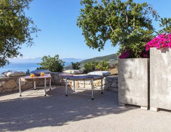 blue-cave-villas-sivota-lefkada-outdoor-area