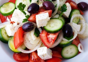 private-chef-villas-greece-greek-salad-1.jpg