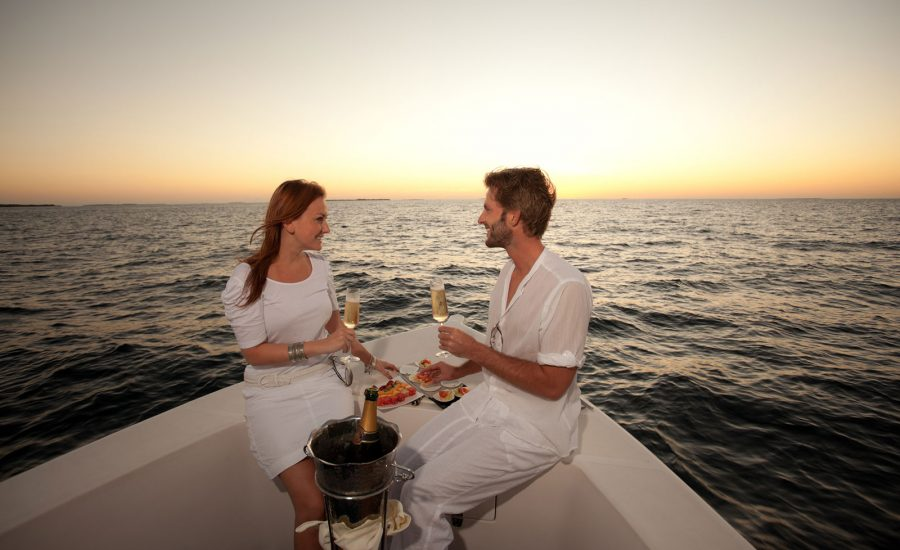 romantic-private-cruise-greek-villas