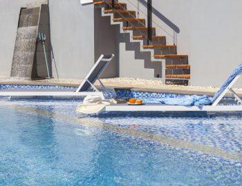sappho-boutique-suites-lefkas-greece-fountain-pool