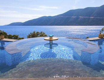 vasiliki-boutique-suites-lefkada-greece-infinity-pool