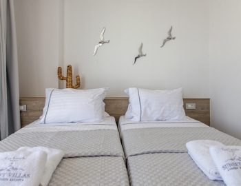 villa-achilles-sunset-sivota-epirus-greece-twin-bedroom
