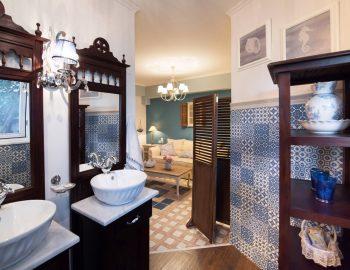 villa-agnadi-katouna-lefkada-ensuite-bathroom