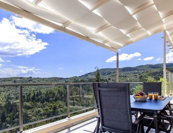 villa-alba-apolpena-lefkada-greece-outdoor-dining-area-with-magneficent-view
