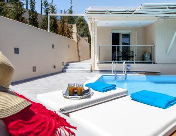 villa-alba-apolpena-lefkada-greece-private-pool-area-with-sunbeds