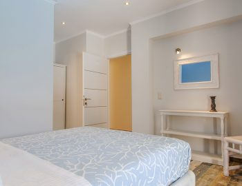 villa-alba-apolpena-lefkada-master-bedroom1